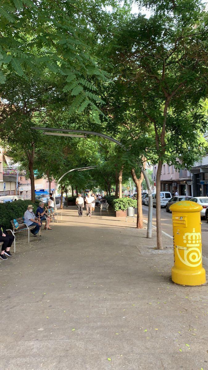 Venta de local comercial en l Hospitalet de Llobregat