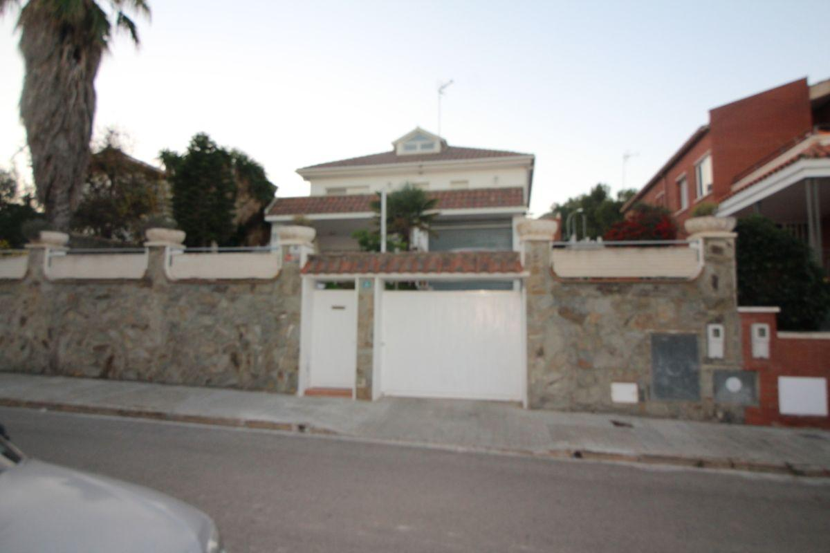 For sale of house in Viladecans