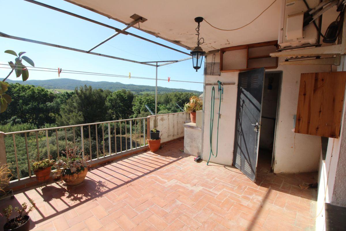 For sale of flat in Santa Margarida i els Monjos