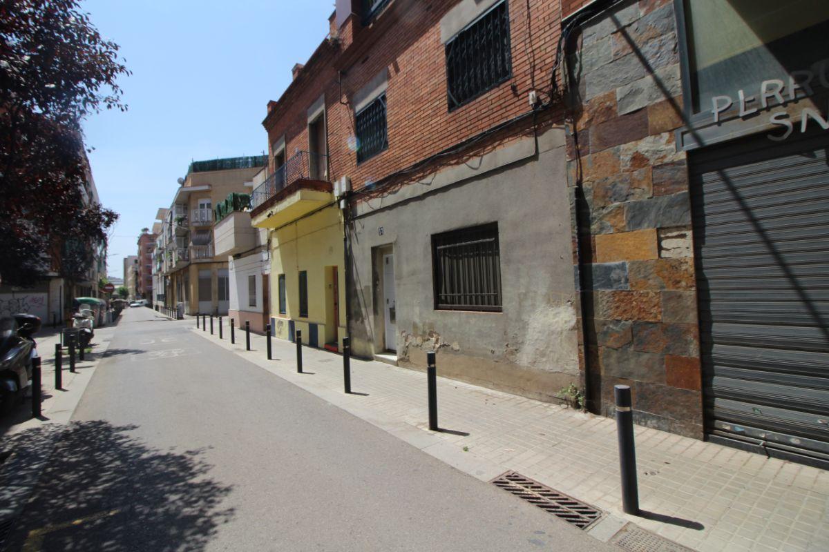 For sale of ground floor in l Hospitalet de Llobregat