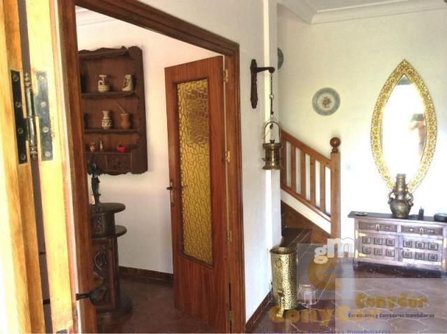 For sale of chalet in Mombeltrán