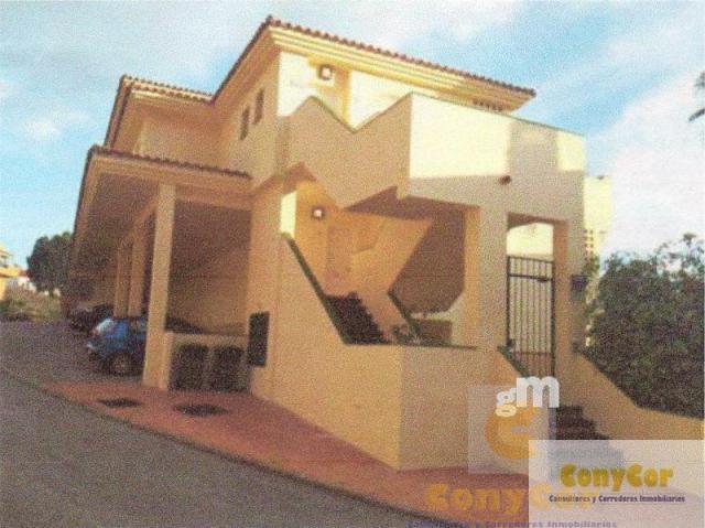 For sale of flat in Benalmádena Costa