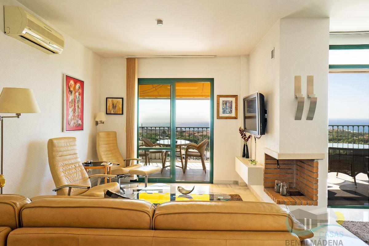 For sale of chalet in Benalmádena