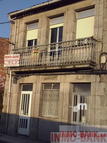 For sale of house in Tui