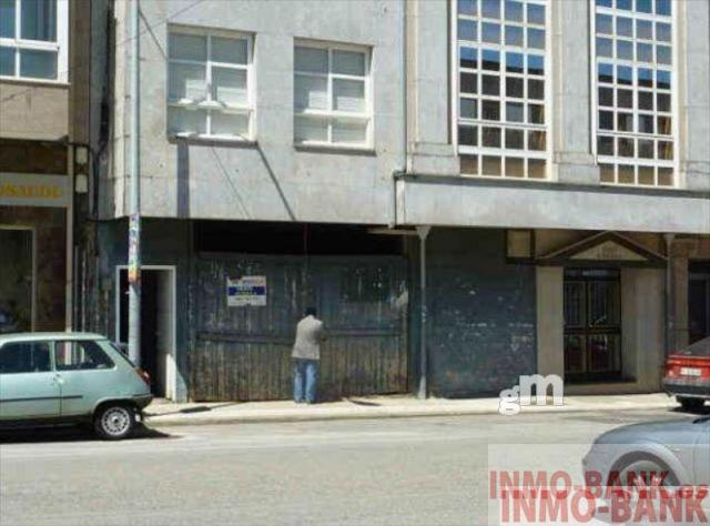 For rent of commercial in Lalín