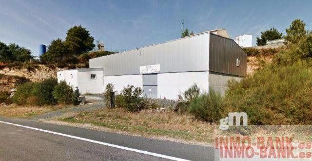 For sale of industrial plant/warehouse in Lalín