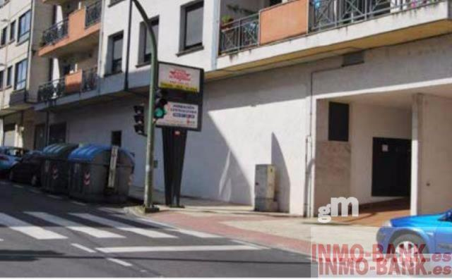 For sale of commercial in Moaña