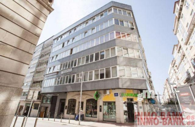 For sale of commercial in Pontevedra