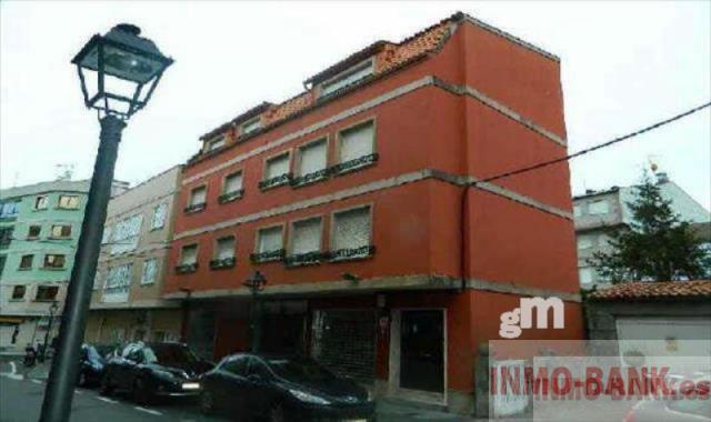 For sale of building in Grove O