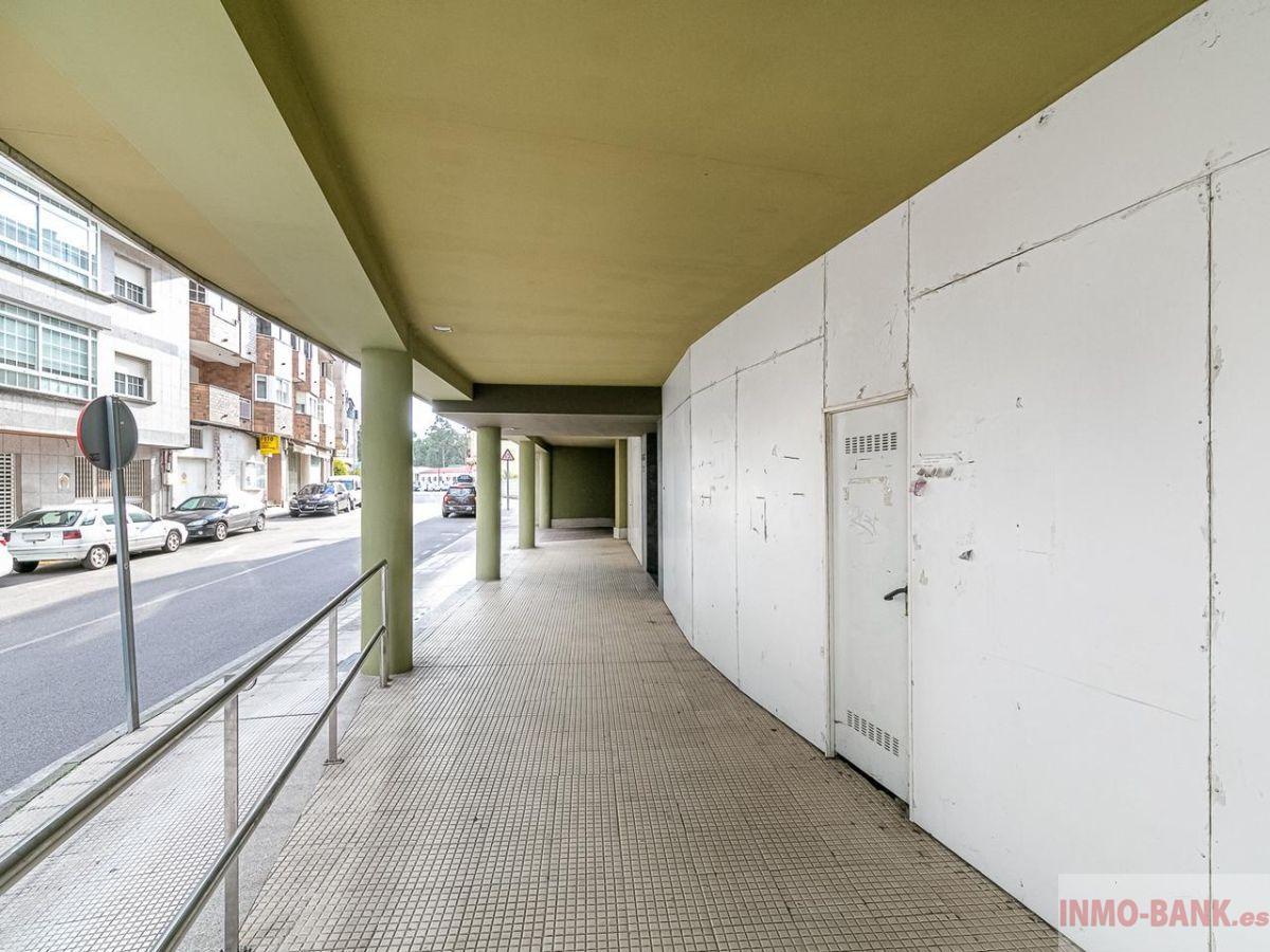 For sale of commercial in Salceda de Caselas