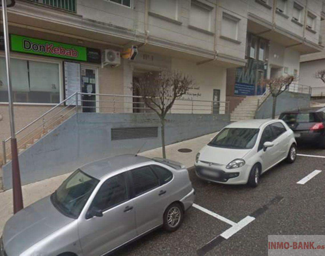 For sale of commercial in Porriño O