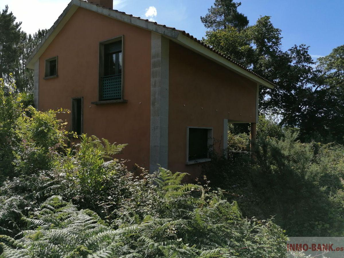 For sale of house in Tomiño