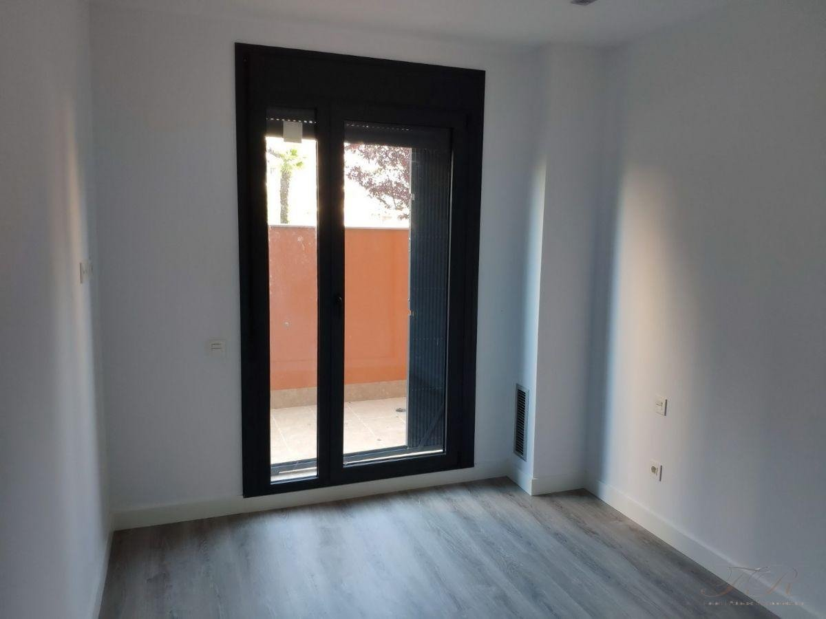 For rent of flat in Sabadell