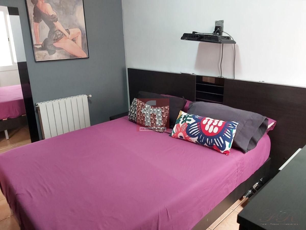 For sale of flat in Barberà del Vallès