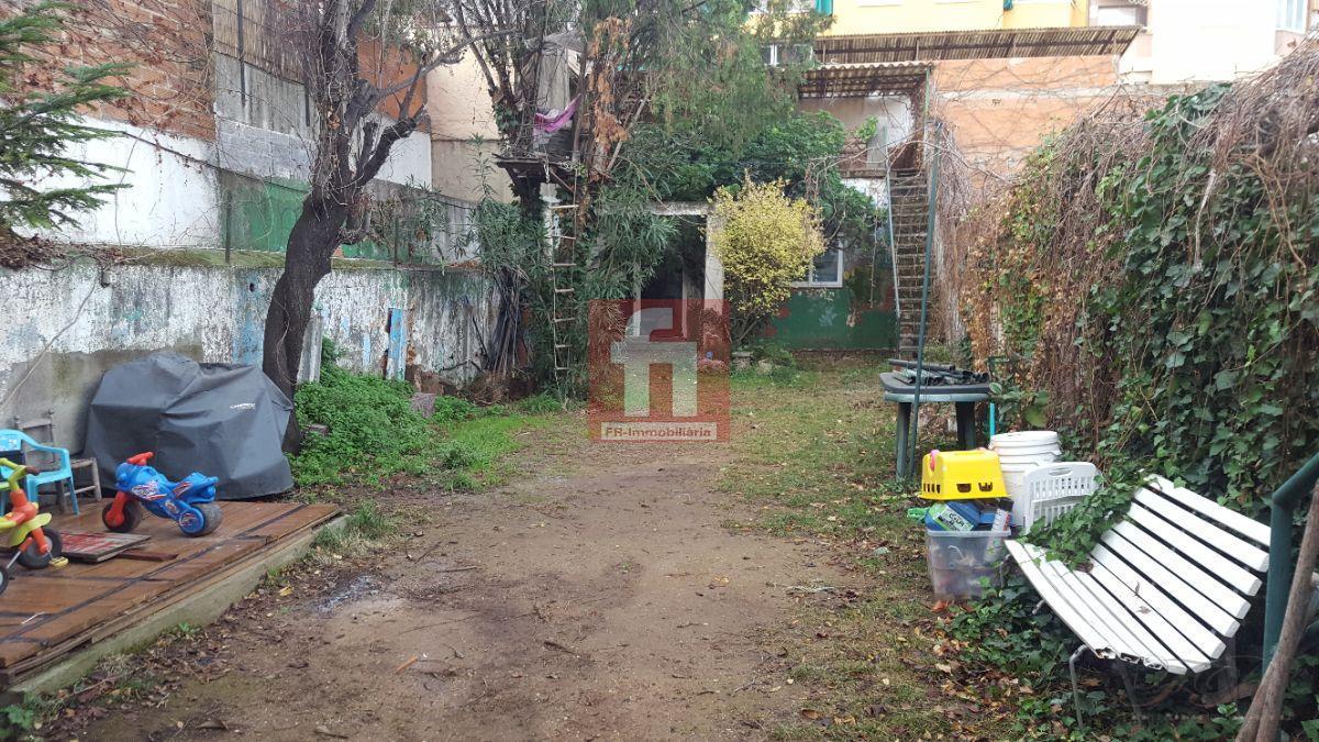 For sale of house in Barberà del Vallès