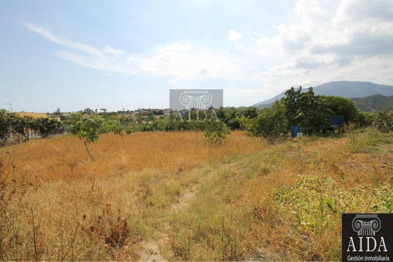Venta de terreno en Estepona
