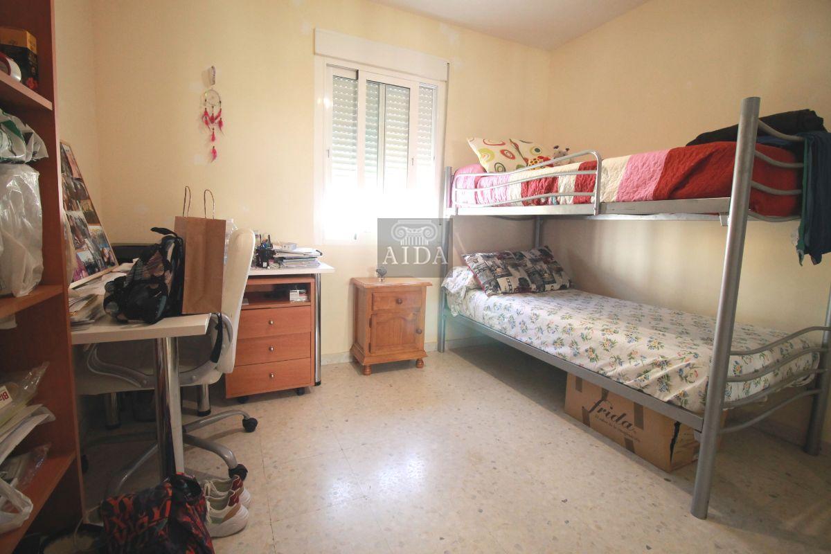 Venta de piso en Estepona
