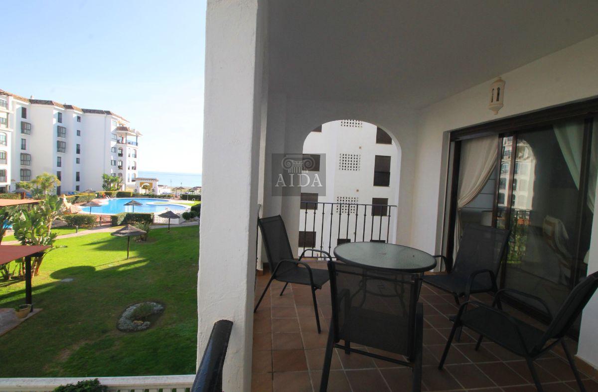 For sale of flat in San Luis de Sabinillas