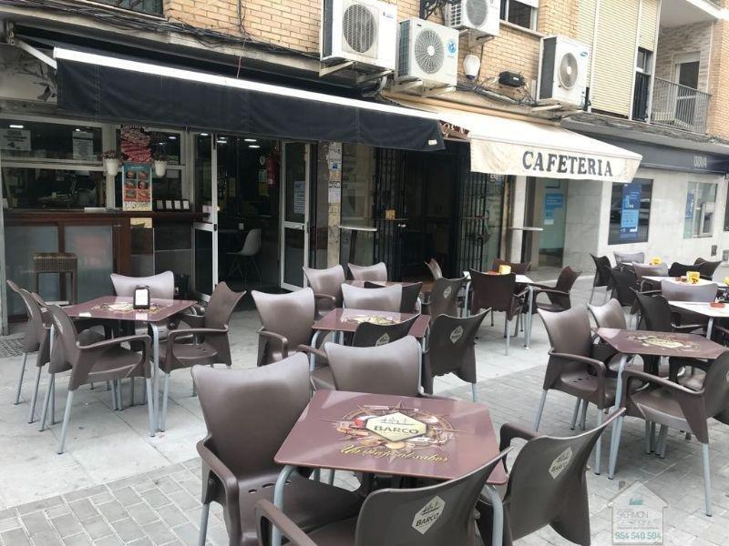 For sale of commercial in Castilleja de la Cuesta