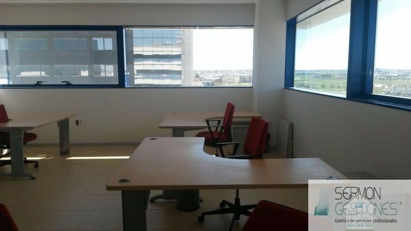 For sale of office in Sevilla