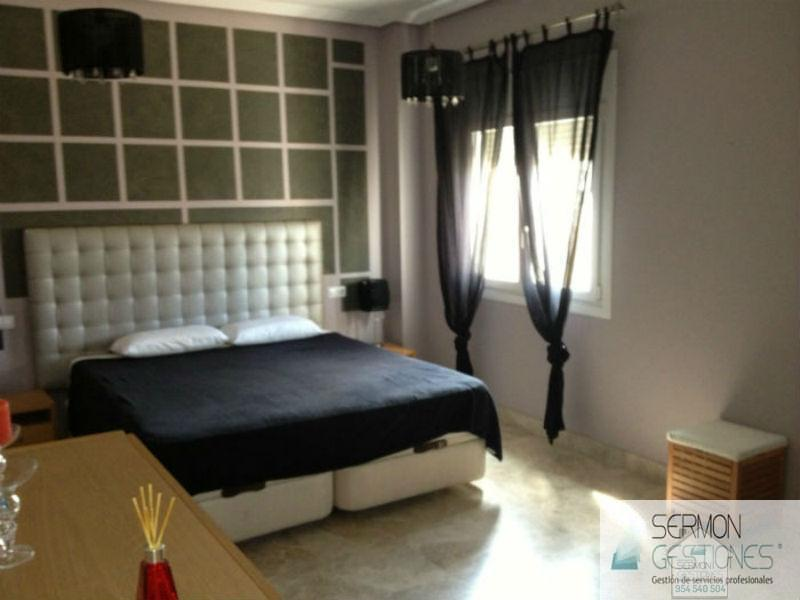For rent of chalet in Sevilla