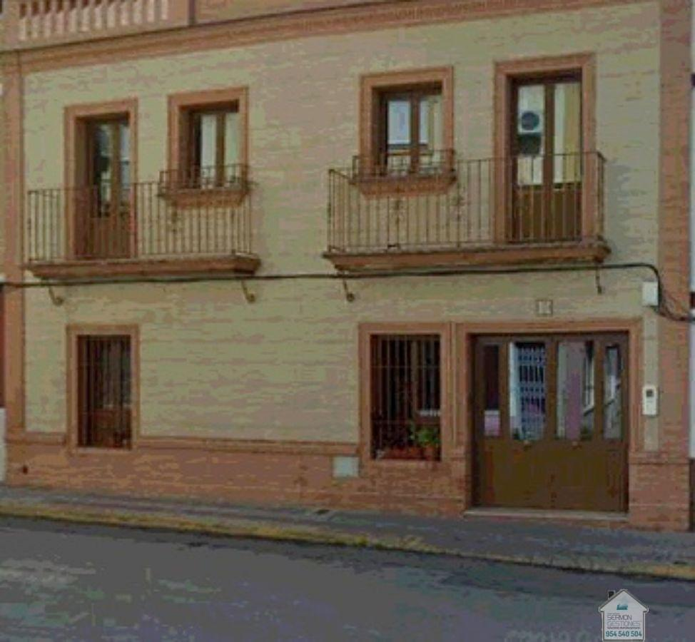 For sale of house in Coria del Río