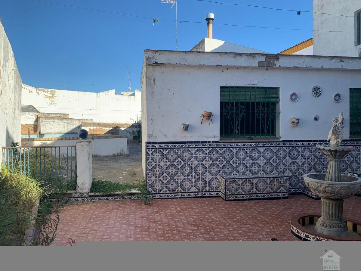 For sale of house in Aznalcázar