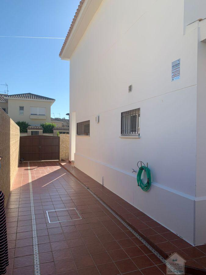 For sale of house in Gelves