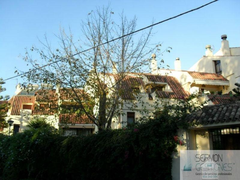 For sale of duplex in Sevilla
