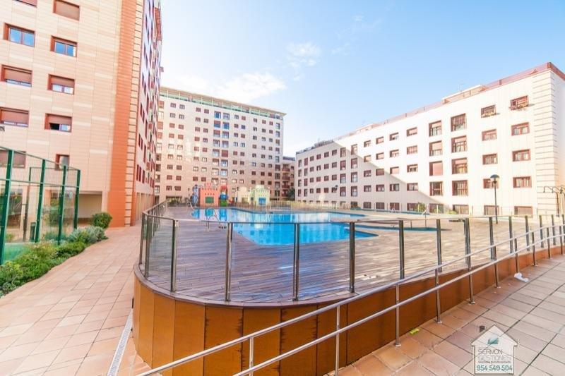 For rent of penthouse in Sevilla