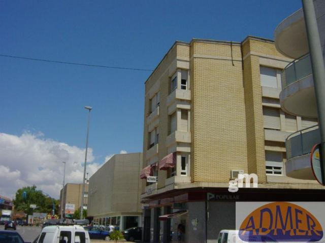 For sale of office in San Javier