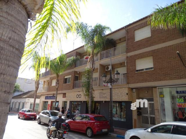 For sale of flat in Los Alcázares