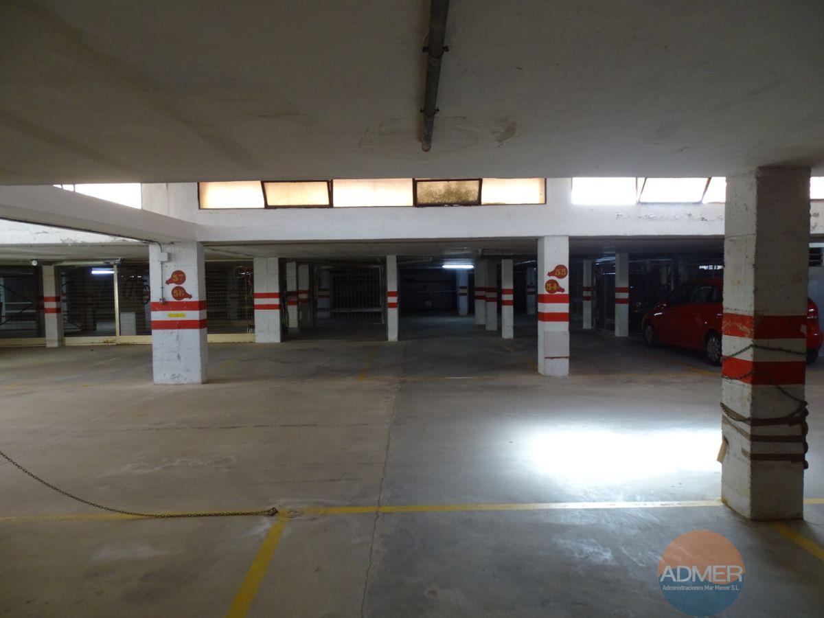 Venta de garaje en Santiago de la Ribera
