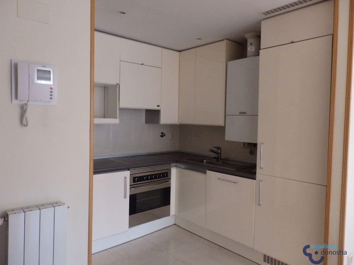 For rent of penthouse in Donostia-San Sebastián