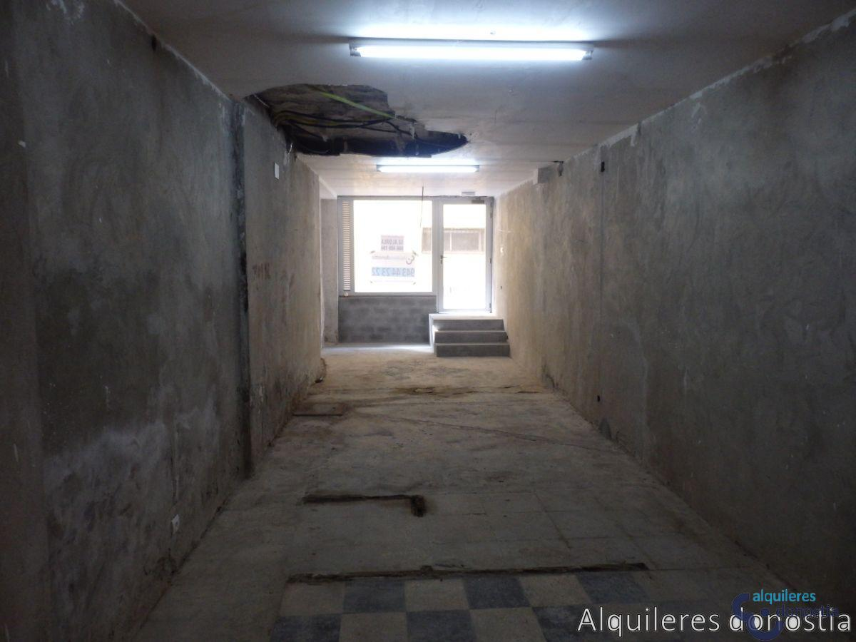 For rent of commercial in Lasarte-Oria