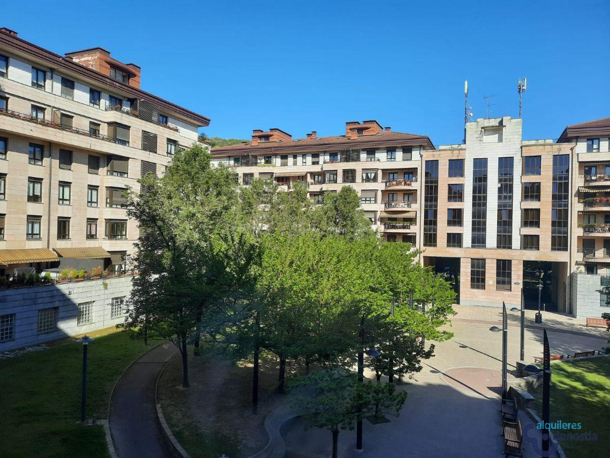 For rent of office in Donostia-San Sebastián