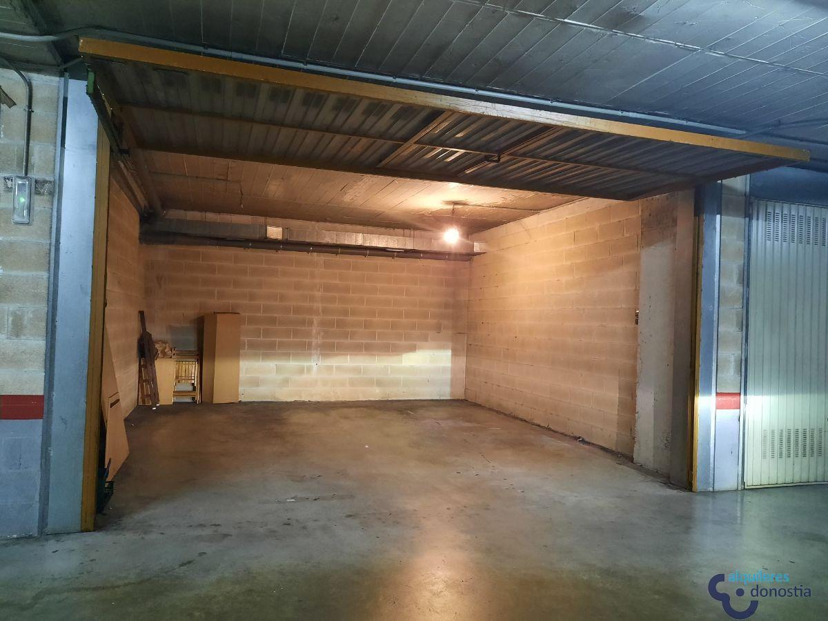 For rent of garage in Rentería-Errenteria