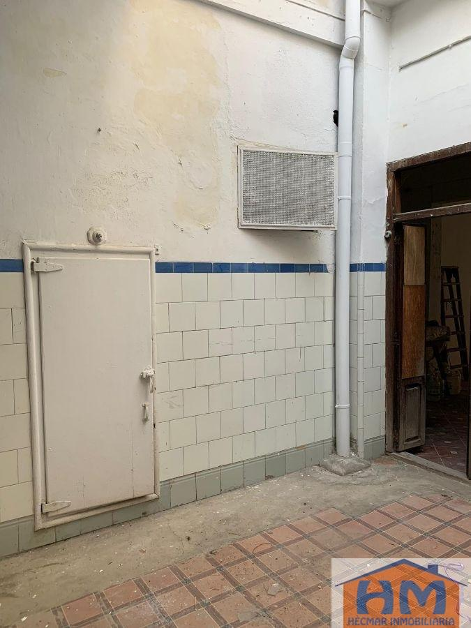 For sale of ground floor in Valencia