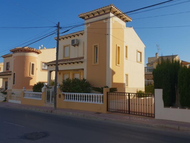 Venta de villa en Torrevieja