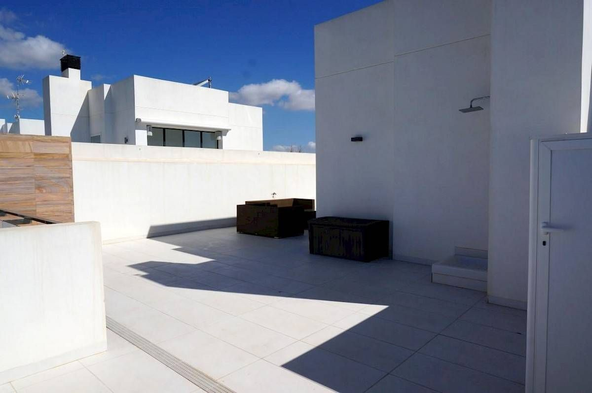 For sale of penthouse in Orihuela Costa