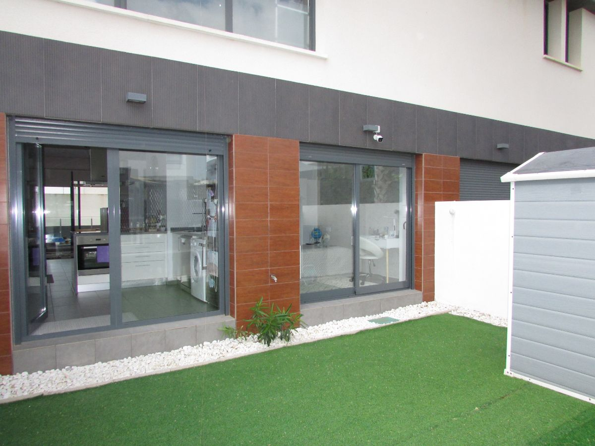 For sale of apartment in Algorfa