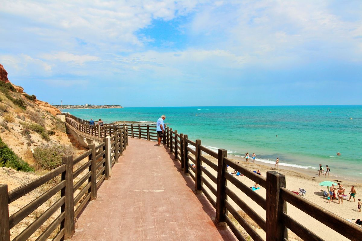 For sale of apartment in Orihuela Costa