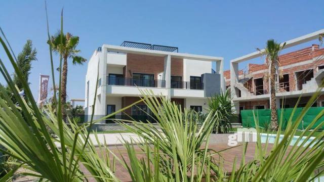 For sale of new build in Guardamar del Segura