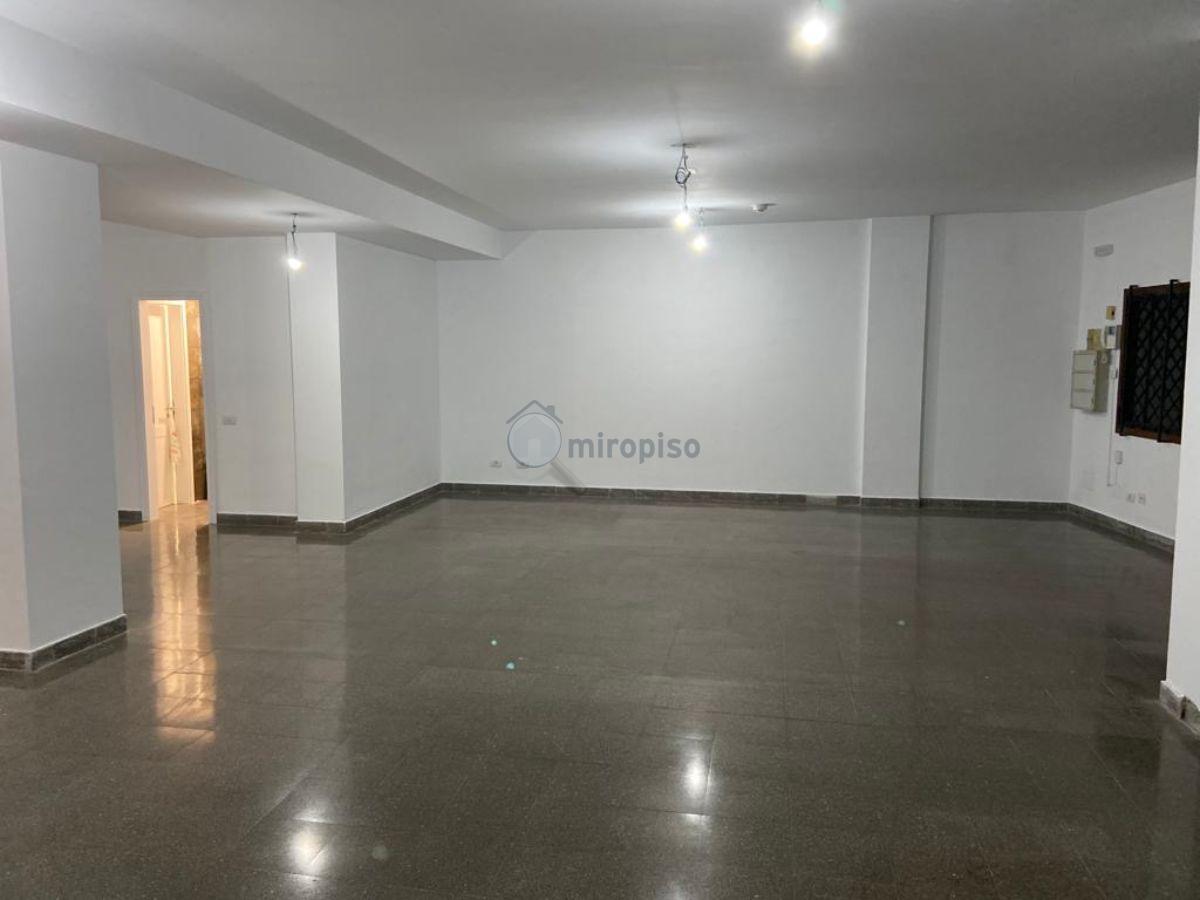 For rent of office in Santa Cruz