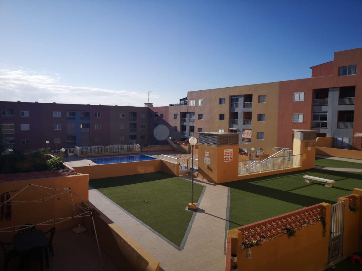 For rent of flat in Candelaria