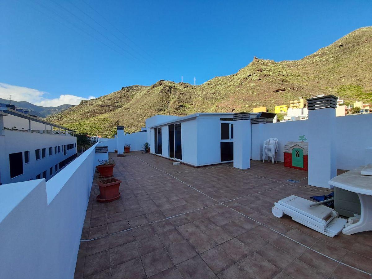 For sale of penthouse in Santa Cruz