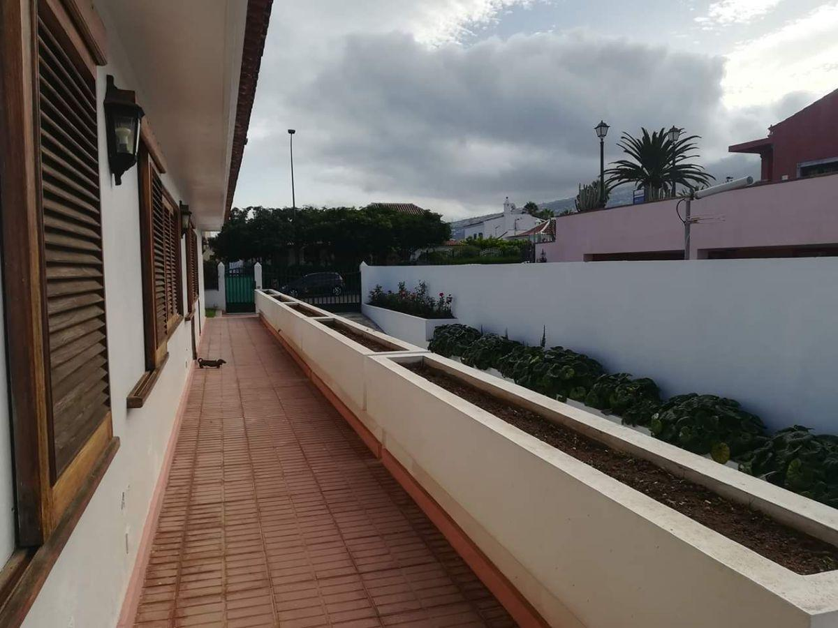 For sale of chalet in Puerto de la Cruz