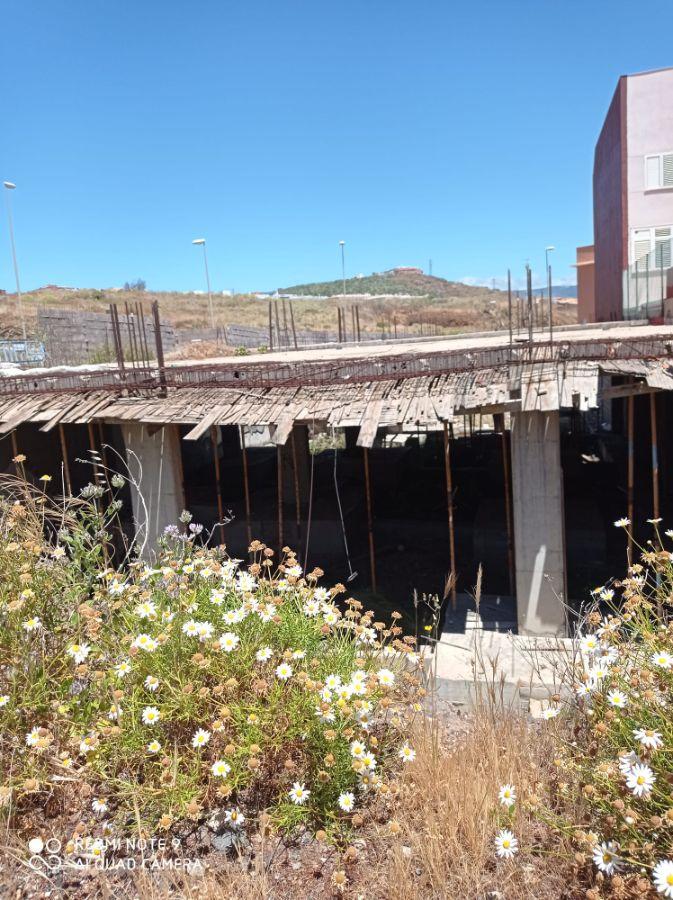 Venta de terreno en Santa Cruz