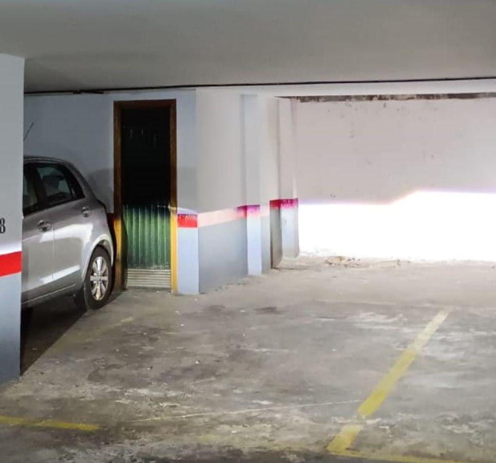 Venta de garaje en Santa Cruz