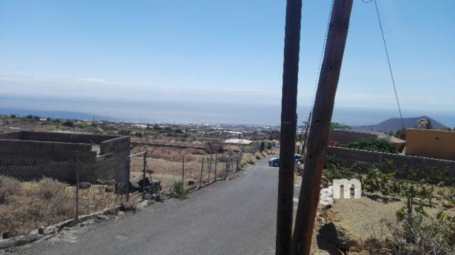 For sale of land in Arafo